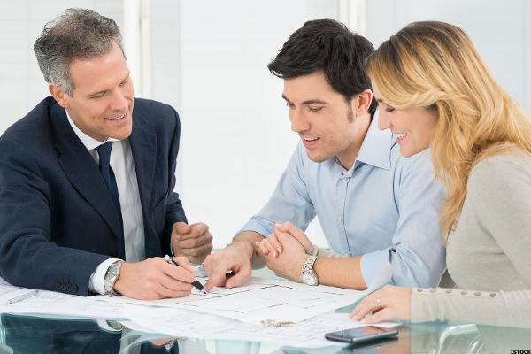 Tips About Financial Advisor